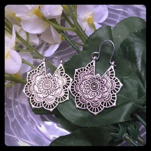 Boho mandala silver tone earrings
